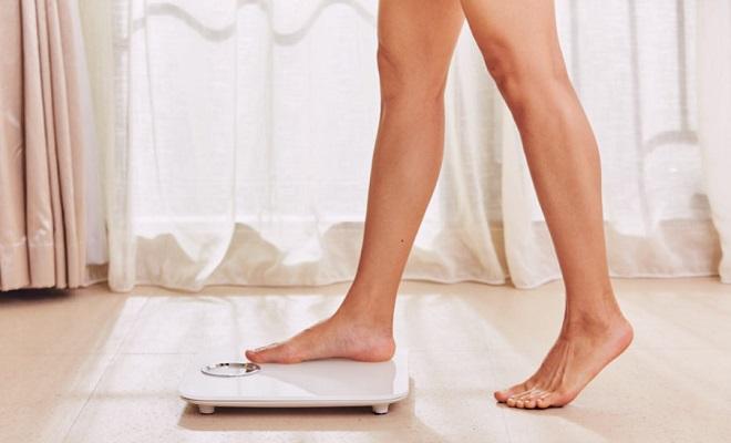 プレミアム スリム スキニー レギンス メディキュット 比較 ダイエット 効果 高い どっち