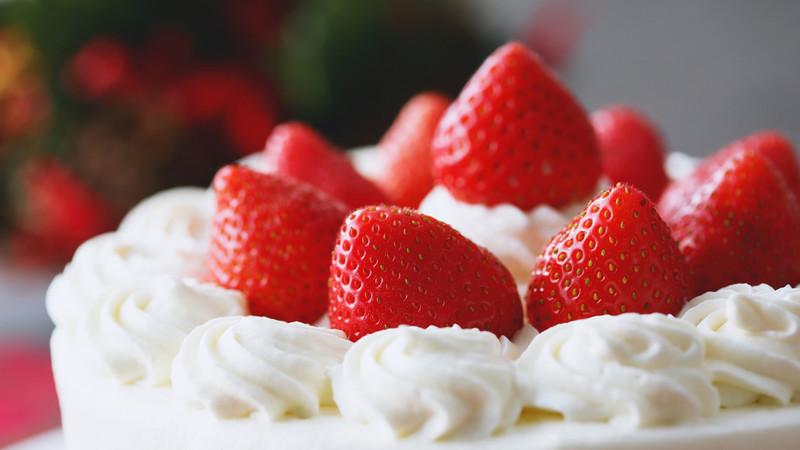 コンビニ クリスマス ケーキ 食品 ロス 対策 ミニサイズ 完全 予約制