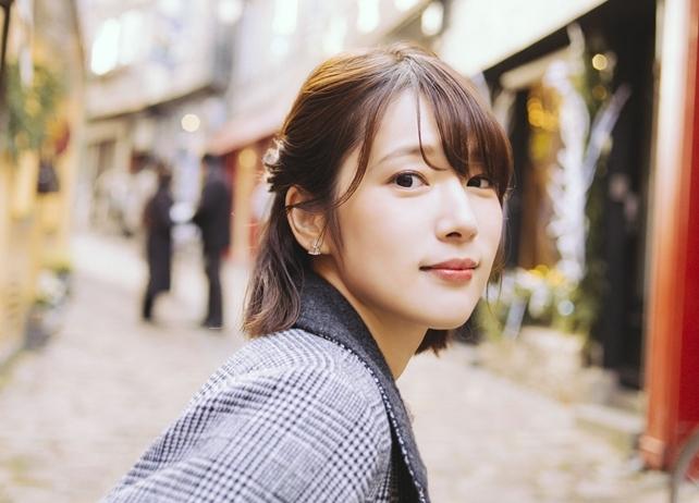 ベビースターラーメン おつまみ CM 内田真礼 可愛い 話題 経歴 プロフィール 紹介