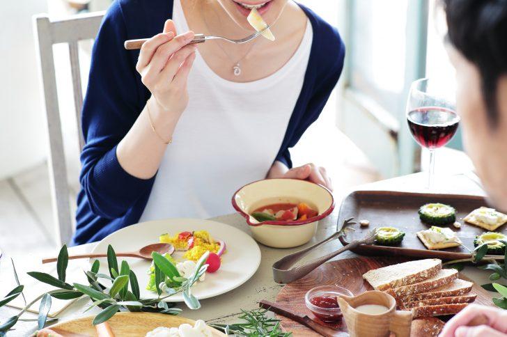 食事 回数 増やす 痩せる 分食 ダイエット 1日 6食 食べる タイミング 効果 メニュー