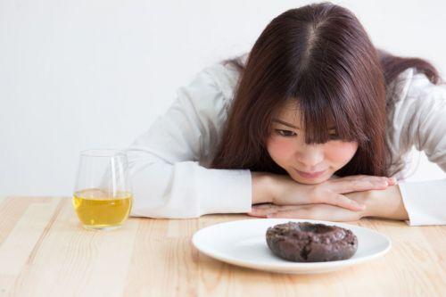 無月経リスク とは 中高生 8割 痩せ願望 原因 シンデレラ 体重 とは